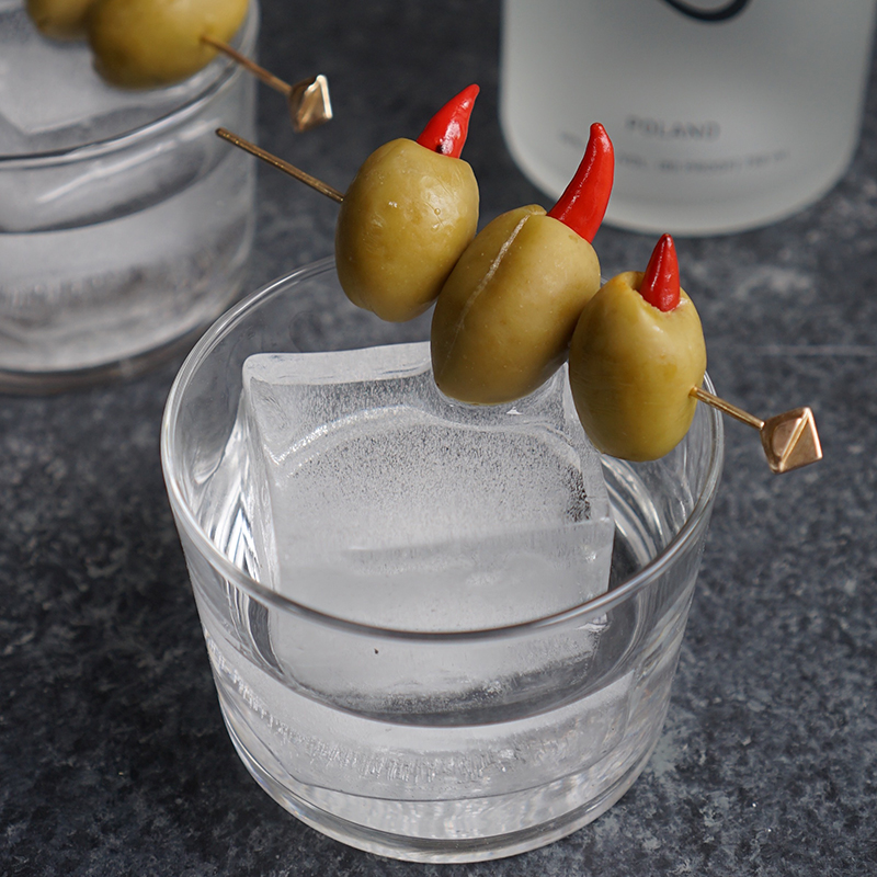5 Rye with pepper olives